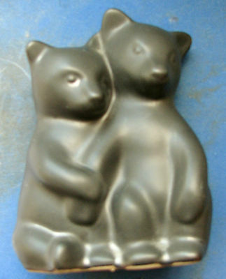 Pigeon Forge Double Bear pottery