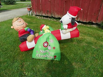 CHRISTMAS AIRBLOWN   SNOOPY TEETER TOTTER LIGHTED  INFLATABLE  YARD DECOR