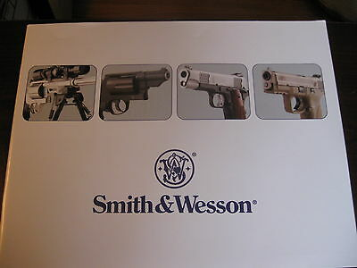 Smith and Wesson Gun Catalog Booklet / 2011  / 75 Pages