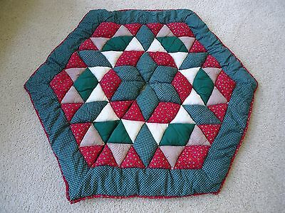 Quilted Holiday Tree Skirt GUC