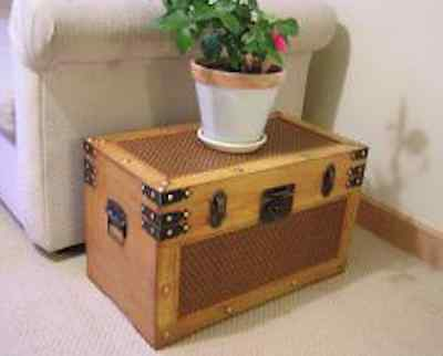 Antique Style Steamer Trunk Vintage Sea Chest Rustic Wooden Coffee Table Cedar