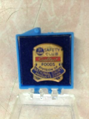 Vintage Sealtest Foods 31 Year Safety Pin-Dairy