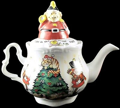 Paul Cardew 150th Anniversary Alice in Wonderland Christmas Tea Party Teapot NIB