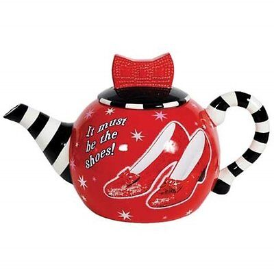 The Wizard of Oz  Ruby Slippers Ceramic 35 oz Teapot Must Be The Shoes!, UNUSED
