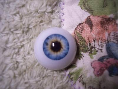 LiFe LiKe AcRyLiC EyEs 18MM LiGhT StEeL ReBoRn