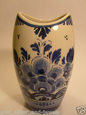 Beautiful small Delft vase blue white flower painting Holland Dutch 5.9''