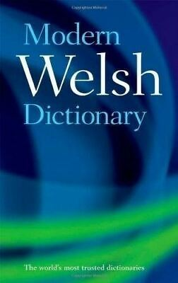 Modern Welsh Dictionary: A guide to the living language (Paperback Book) Oxford