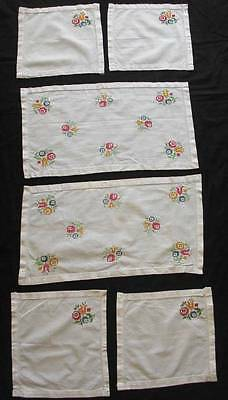 "Lot of 4 Vintage ,hand embroidered cotton napkins + 2 doilies, doily 21""x11.5"""