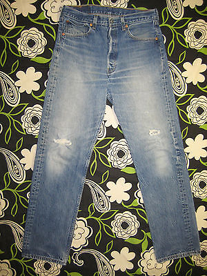 6438 Used levi's 501 frayed jean 33x36 destructed made in the U.S.A.