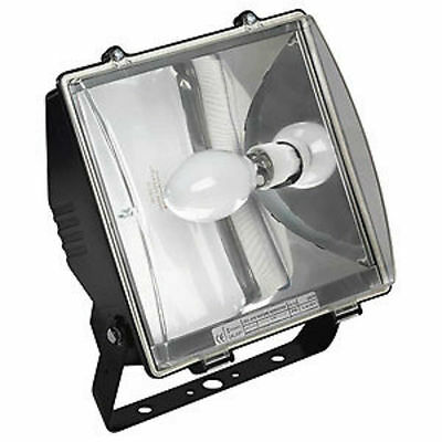 Newlec NLF70SONP 70 Watt Sodium Floodlight Fitting with Photocell Dusk to Dawn