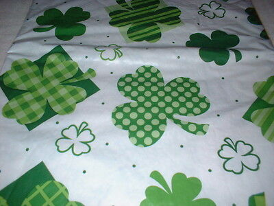 ST PATRICK'S DAY SHAMROCK TABLECLOTH  52 in x 90 in OBLONG