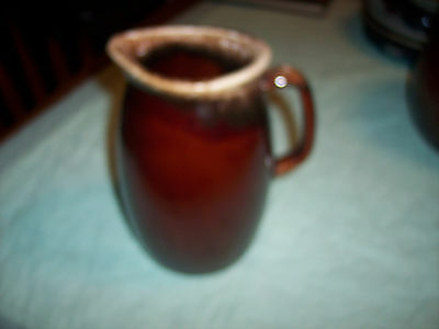 HULL  OVEN PROOF USA - BROWN DRIP PITCHER