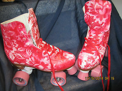Women Floral  Red & White Roller Skates sz 6-9,  heel to toe