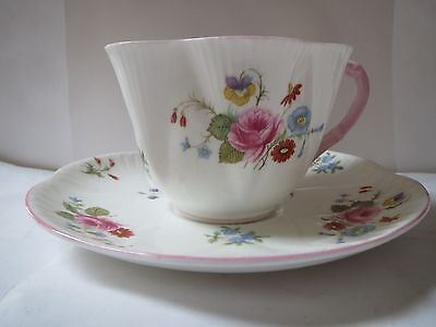 Shelley Rose & Red Daisy Dainty Shape Cup And Saucer With Pink Trim