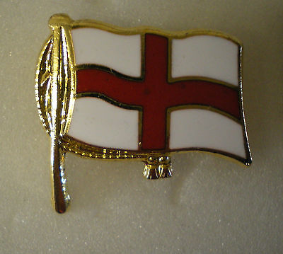 ST GEORGES FLAG DESIGN - RUGBY UNION or FOOTBALL Enamel Lapel Pin Badge