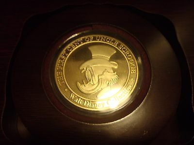 Extreem Rare!! Bronze/Golden 999 First Cent of Uncle Scrooge in Luxury Box