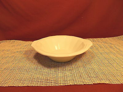 """Homer Laughlin China Colonial White Pattern Lugged Cereal Bowl 7 1/4"""""""