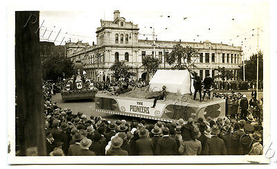 1934 Photo Centenary Of Victoria Float In Parade Gold Miners' Float X73