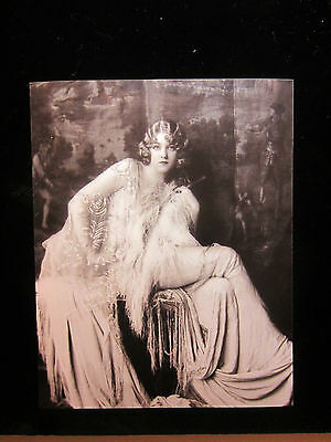 Ziegfeld Follies showgirl 8x10 photo, 1920s New York City, Sexy Art Deco attire