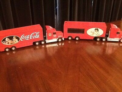 Coca Cola and  Amoco light up Christmas trucks Y2K