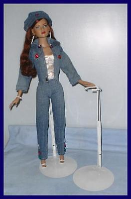 "Kaiser Doll Stand for Tonner's 19"" & 22"" AMERICAN MODELS"