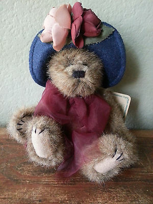 BOYDS BEARS Archive Collection YVETTE plush SPRING brown bear blue hat Easter