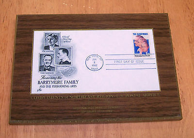 Commemorative Plaque - BARRYMORE FAMILY - Stamps - 1982
