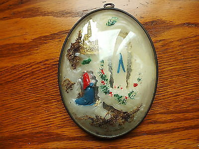 ANTIQUE RARE BIG RELIGIOUS IN CURVED GLASS MEDAL APPARITION CAVE OF LOURDES