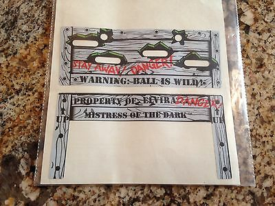 BALLY SCARED STIFF PINBALL MACHINE NOS TOP AND FRONT CRATE DECALS