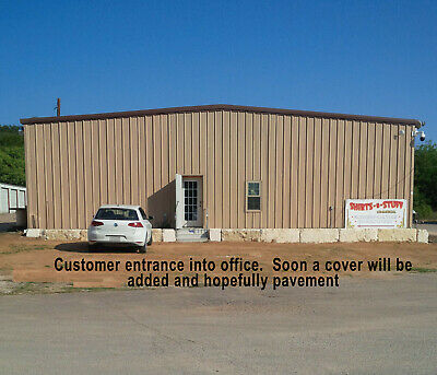 Embroidery, Screenprinting & Vinyl Complete Shop & Enclosed Office..