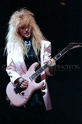 Nancy Wilson Heart Poster Size Photo 20x30 in Canon Print Live '80s Concert 27