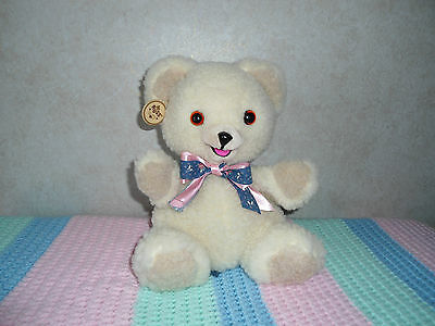 1986 Snuggle Bear 10 inch Puppet With Bow By The Lever Brother Company Mint