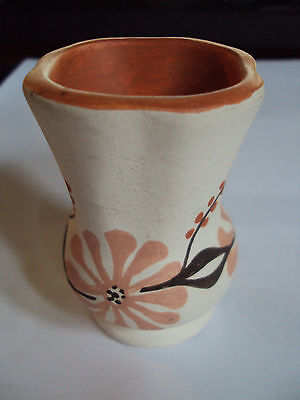 NATIVE AMERICAN L CONCHO POTTERY SMALL VASE OR TOOTHPICK VERY GOOD CONDITION