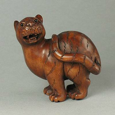 Boxwood Netsuke TIGER Figurine Carving (WN390)