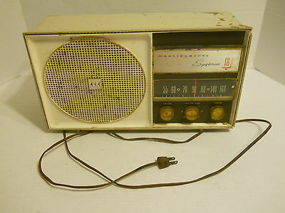 "Vintage 14"" Westinghouse Symphonaire AM Radio H-759T6 105v-60 cycle 30watts"