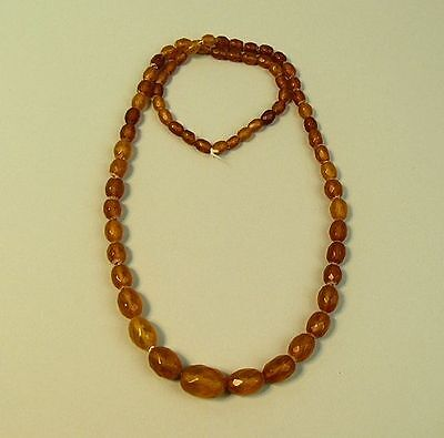 A FINE ART DECO FACETED BUTTERSCOTCH AMBER BEAD NECKLACE 1930's 27 GRAMS
