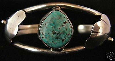 Turquoise Bracelet With Modern Leaves - Navajo Handmade