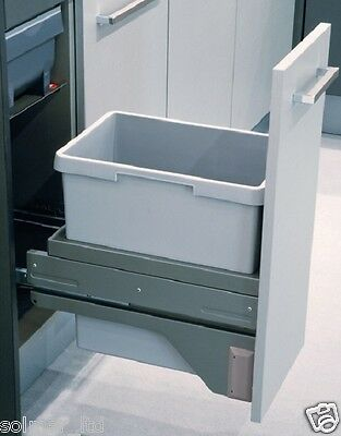 Euro Cargo S Pull Out Waste Bin 30 litres / 300mm cabinet  with SOFT CLOSE