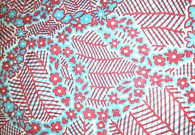 Vintage Feedsack Fabric  Pink and Blue Wreaths