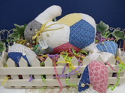 VINTAGE QUILT - PILLOW - BUNNY WITH 3 EASTER EGGS - SPRING - EASTER