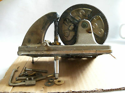 Victor Talking Machine Victrola  Motor VV215 for parts or repair