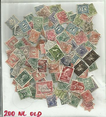 200 Stamps paperfree old Nederland