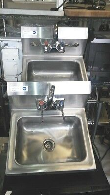 Sink / Hand / with Faucet and Waste Valve / Stainless-Steel