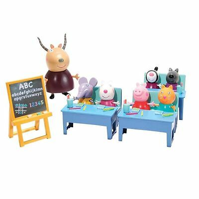 New Peppa Pig Classroom Playset With 7 Figures & Accessoires