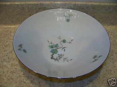 Mitterteich Germany Green Ming Vegetable Serving Bowl