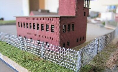 Security Fencing Kit N Scale - Silver # SM-2001