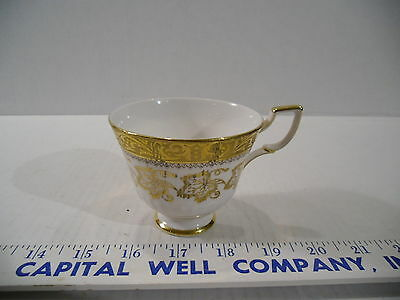 Vintage Royal Tuscan Fine Bone China Tea Cup Golden Leaves, Made in England