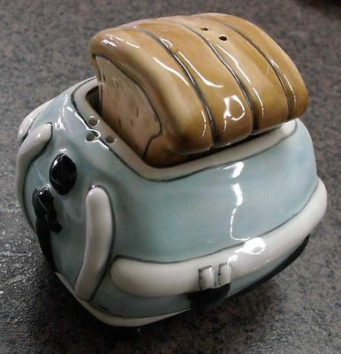 Collectable Novelty Salt & Pepper Set -Toast &Toaster- Collecatable FREEPOST New