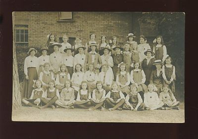 Hampshire CHRISTCHURCH YWCA  group outing Daisy House 1909 RP PPC Geo Moss ref2