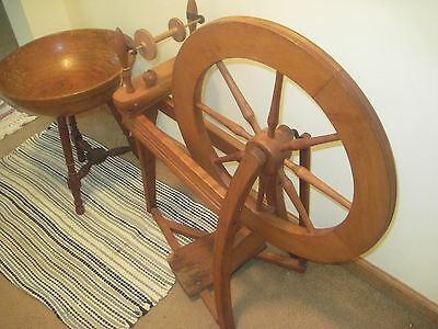 RARE FIND ORIG. ANTIQUE ASHFORD 22 INCH SPINNING WHEEL AND YARN BOWL SET NICEEE
